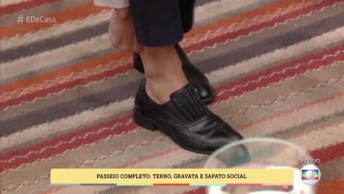 Sapato social sem meia dá ar moderno a visual Passeio Completo (Foto: TV Globo)