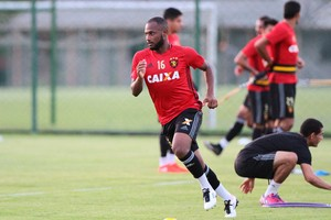 Ronaldo Sport (Foto: Marlon Costa / Pernambuco Press)