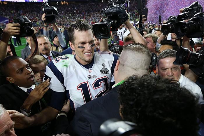 Tom Brady comemora vitória no Super Bowl 2015
