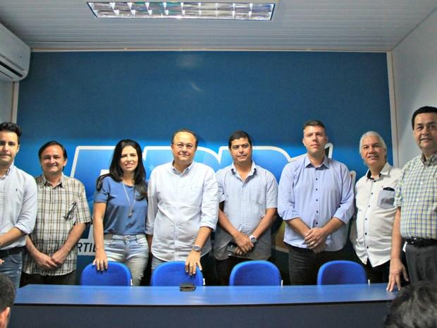 Silas Câmara falou com a imprensa no diretório do PRB em Manaus (Foto: Ísis Capistrano/ G1 AM)