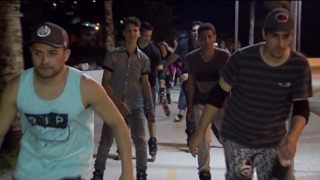 Grupo de patinadores de Itanhaém (Foto: Reprodução/TV Tribuna)