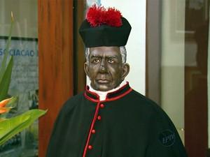 Milagre precisa ser reconhecido para que seja feita a beatificação de Padre Victor (Foto: Reprodução EPTV)