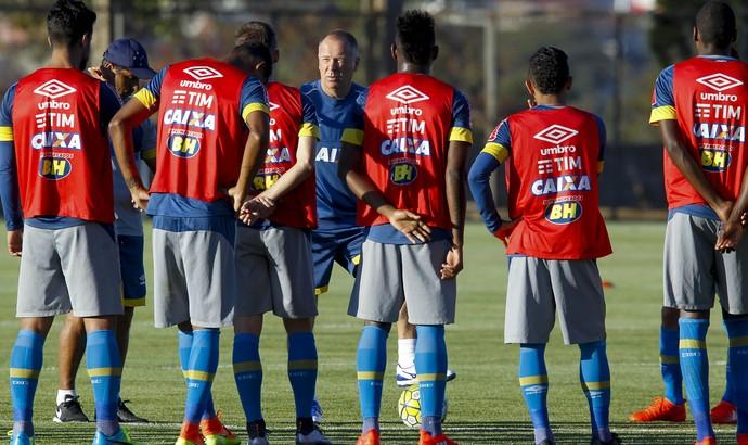 Treino Cruzeiro (Foto: Washington Alves / Light Press )