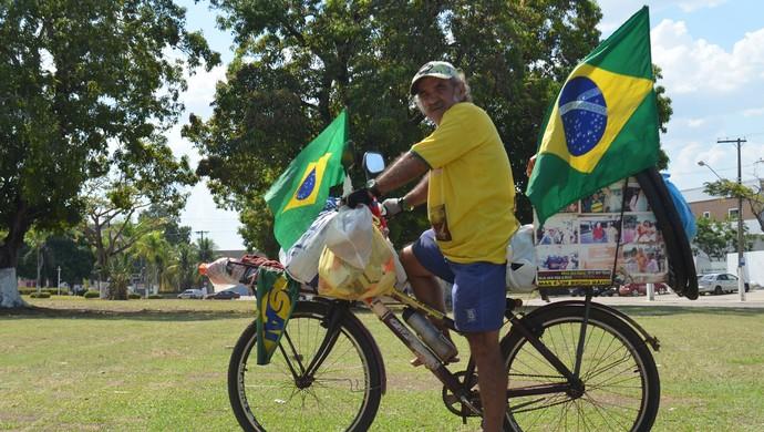 """""""Ciclista Maluco"""" passou por Ji-Paraná (Foto: Pâmela Fernandes)"""