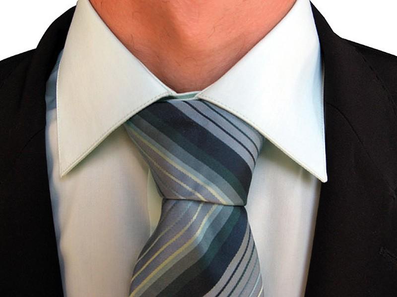 Executivo ; terno e gravata; funcionário; empresa; salários;  (Foto: Shutterstock)