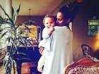 Igor Rickli posta foto da mulher com filho: 'Meus amores'