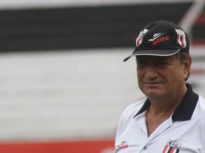 Lori Sandri, técnico do Botafogo-SP (Foto: Cleber Akamine / GLOBOESPORTE.COM)