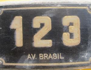 especial Guerrero placa Rua Avenida Brasil (Foto: Marcelo Hazan / Globoesporte.com)