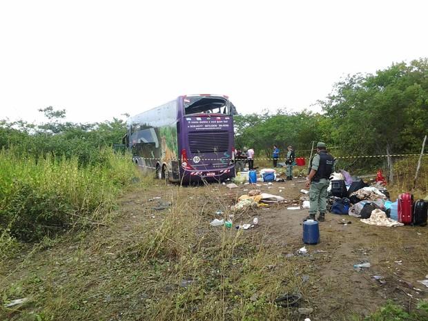 Ônibus saiu de Belém (PA e tinha como destino para Fortaleza (CE) (Foto: Janilson Neves/Sobral)