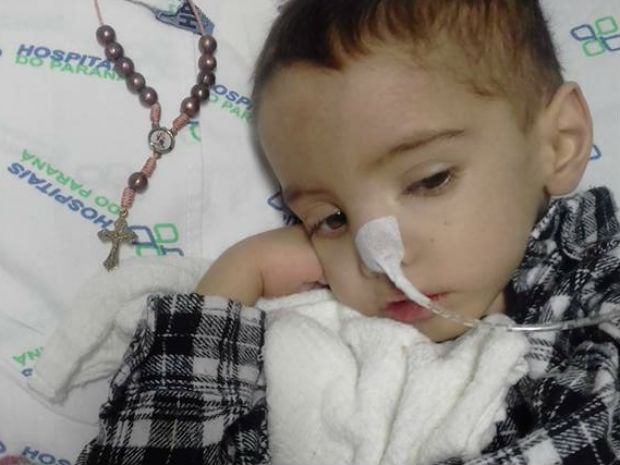 João Pedro está internado no Hospital Infantil Waldemar Monastier desde fevereiro deste ano (Foto: Avelita Barbosa da Silva/Arquivo pessoal)