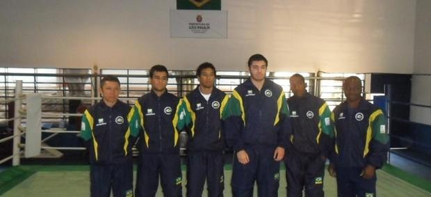 Equipe juvenil de boxe para campeonato continental (Foto: Divulgação/CBBOXE)