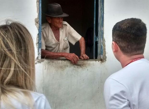 Rivaldo Cardoso é mora em Picuí, na Paraíba, e sofre há cinco anos com a seca (Foto: Lamonier Araújo/ Inter TV Cabugi)