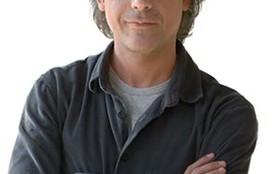 Ângelo Antônio revela lado paizão e aponta semelhanças com seu personagem
