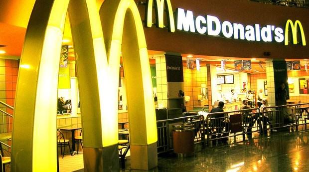 O McDonald's, cuja marca foi avaliada em US$ 42 bilhões, ocupa a sétima posição da lista da Interbrand.  (Foto: Divulgação)