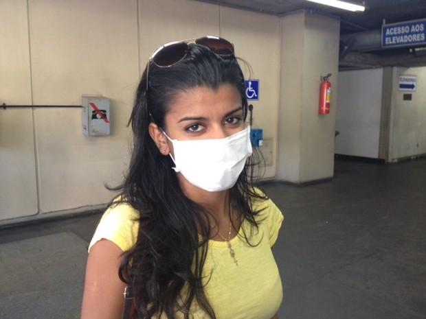 Jovem com tuberculose fez a prova sozinha na Uerj (Foto: Mariucha Machado / G1)
