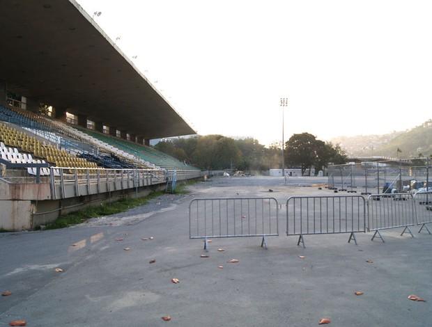 estádio de atletismo Célio de Barros (Foto: Leonardo Filipo)