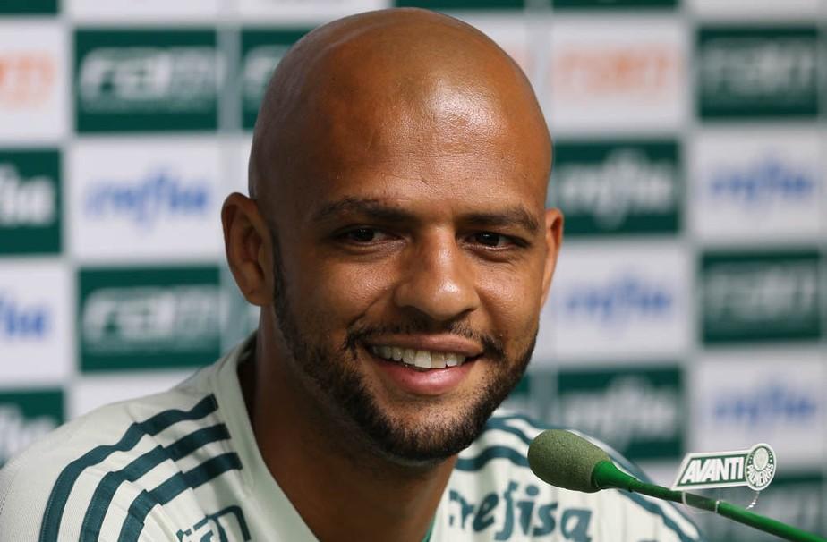 Conmebol reduz pela metade a pena de Felipe Melo, do Palmeiras