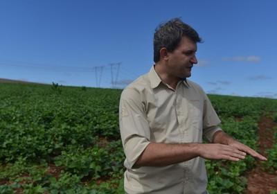 agricultura_agronomo_deniel (Foto: Ernesto de Souza/Ed. Globo)