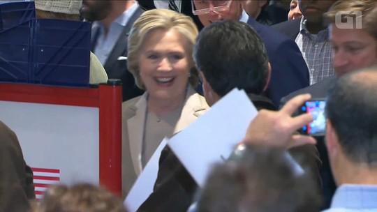 Hillary Clinton vota em Nova York