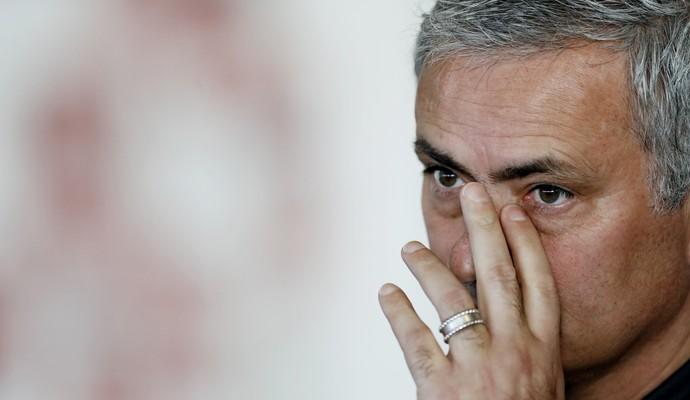 José Mourinho, técnico do Manchester United (Foto: Carl Recine/Reuters)