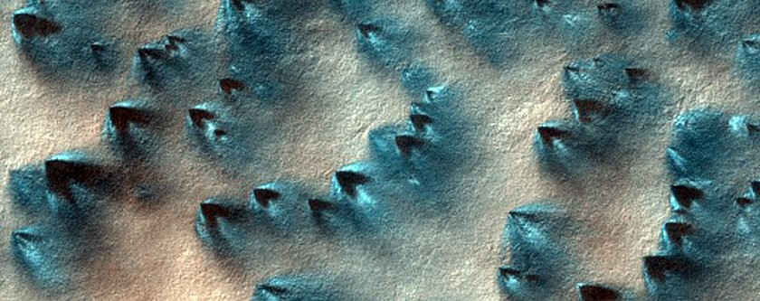 Região conhecida como Ithaca (Foto: NASA/JPL/University of Arizona)
