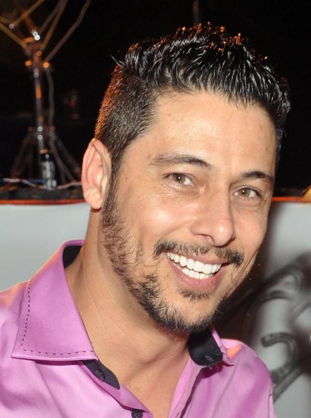 Marcio Alvino, namorado da Fani (Foto: Facebook/Reprodução)