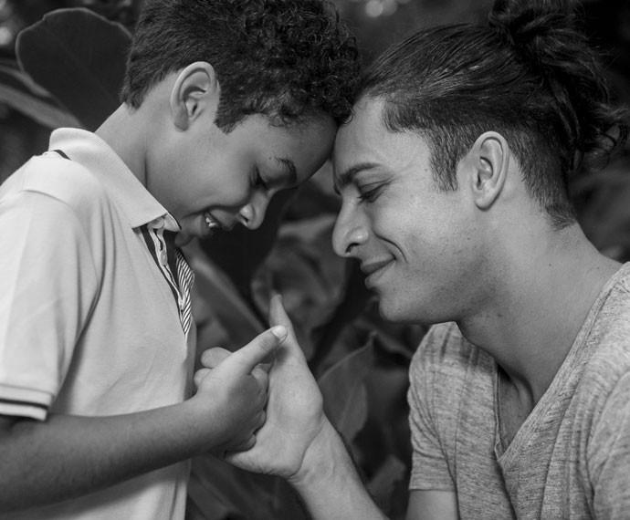 Rainer Cadete conta que aprendeu o que era pai após o nascimento de seu filho (Foto: Inácio Moraes/Gshow)