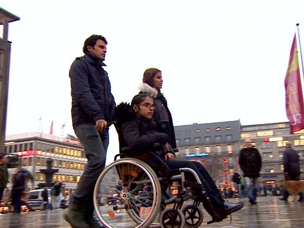 Noujain Mustaffa em Colônia, na Alemanha (Foto: Reprodução/BBC)