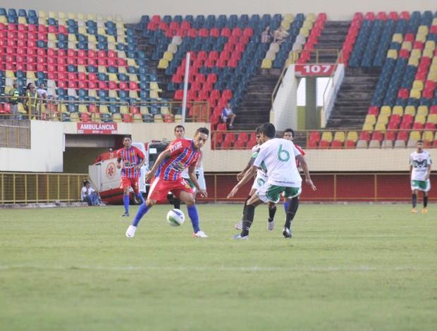 Plácido de Castro-AC vence Andirá na Arena da Floresta (Foto: João Paulo Maia)