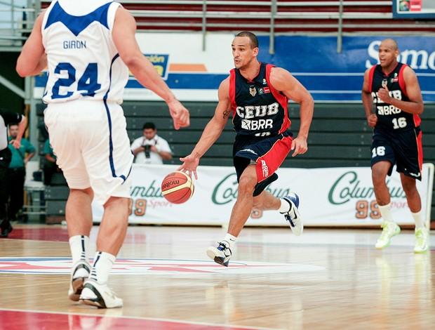 basquete alex garcia brasilia e fuerza regia liga das américas (Foto: Samuel Vélez / FIBA Américas )