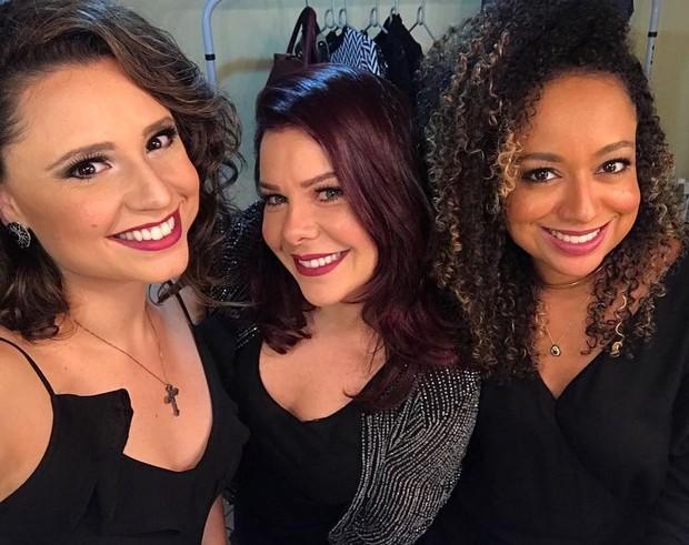 Fernanda Souza com as amigas Aretha Oliveira e Francis Helena (Foto: Reprodução/Instagram)