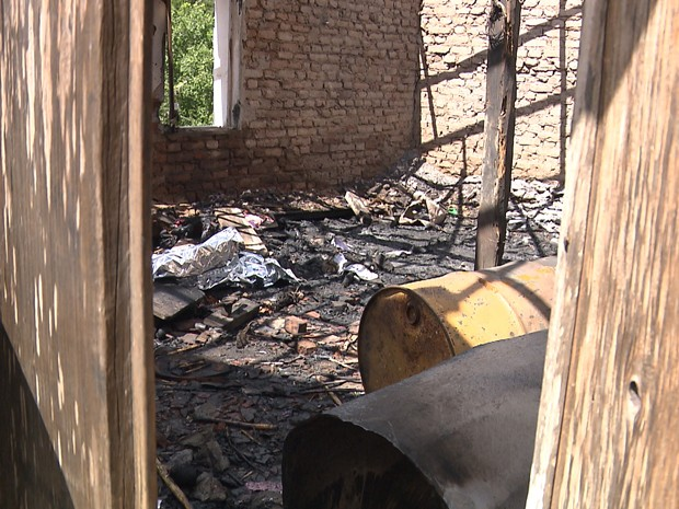 Explosão aconteceu em fábrica de fogos de artifício (Foto: Reprodução/TV Paraíba)