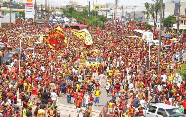 Torcida Sport (Foto: Aldo Carneiro/Pernambuco Press)