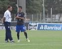 Meninos treinam, e Bertoglio é liberado para atuar pelo Grêmio