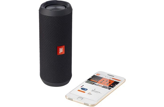 Veja as caixas de som para usar com celular via Bluetooth (Foto: Divulgação/JBL)