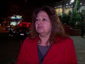 Mãe de paciente de clínica de reabilitação reclama de falta de comprometimento (Foto: Reprodução/RBS TV)