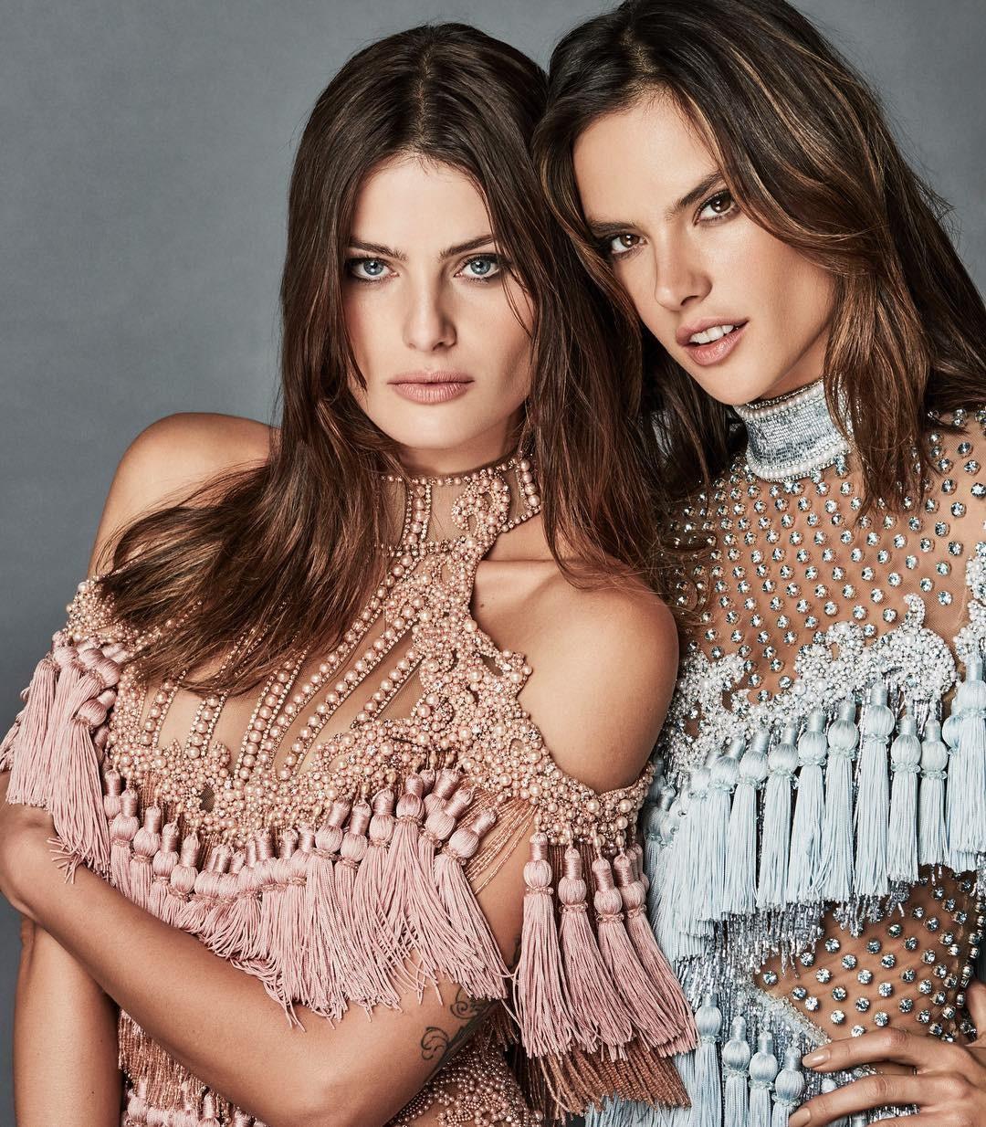 Alessandra Ambrosio e Isabeli Fontana (Foto: Vogue Brasil)