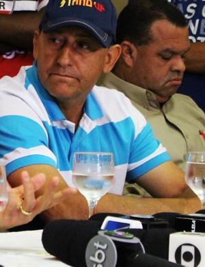 Boiadeiro, gerente de futebol do River-PI (Foto: Renan Morais )