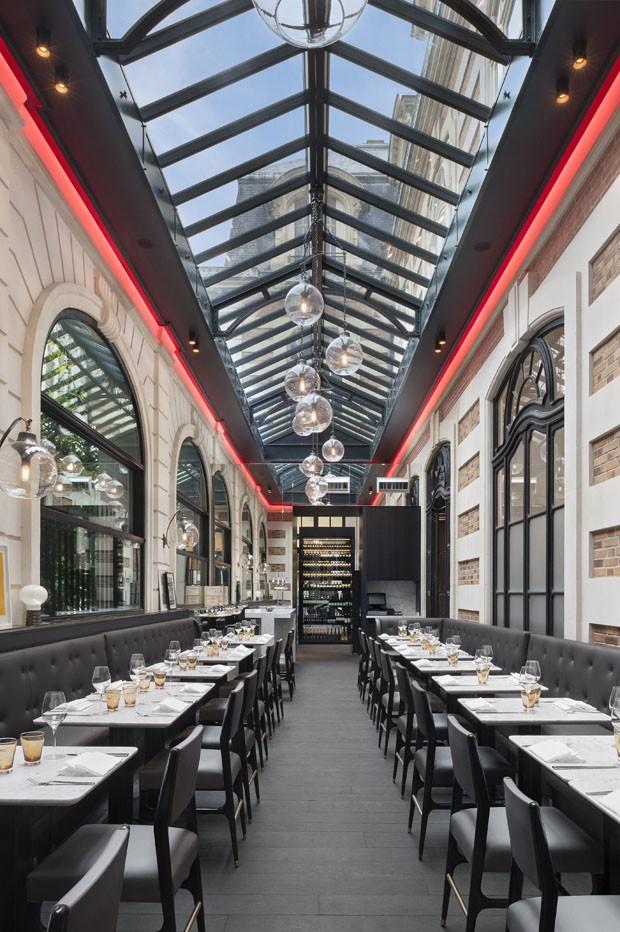 (Foto: Jacques Pépion/design Agence Charles Zana cortesia Café Artcurial)