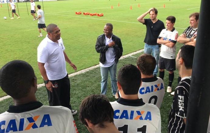 Evento torcedores Corinthians no CT (Foto: Diego Ribeiro)