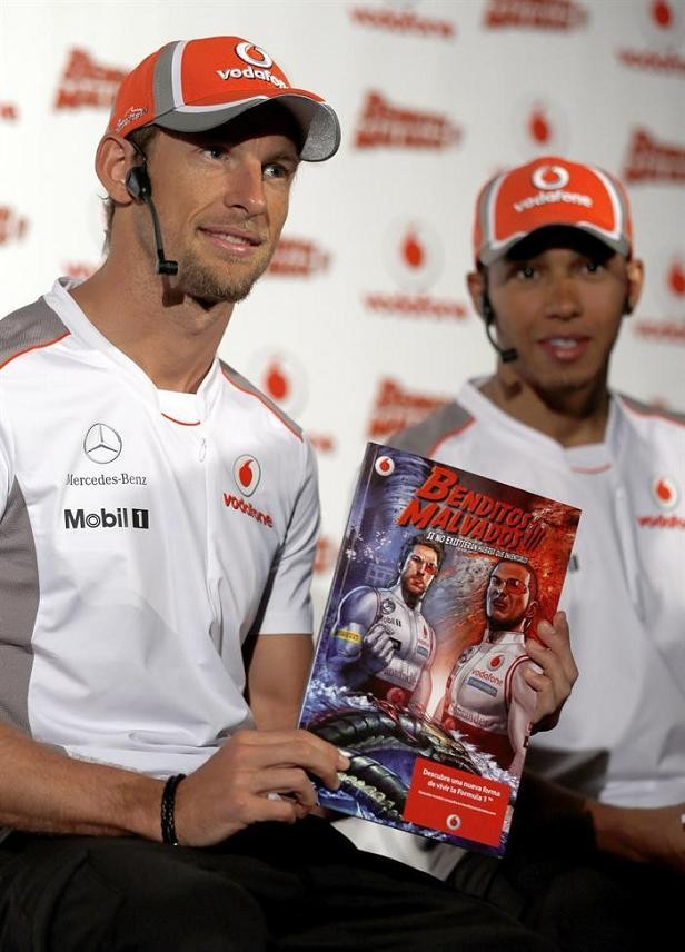 Hamilton e Button em quadrinhos (Foto: EFE)
