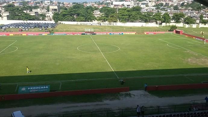 Estádio Luso-Brasileiro está pronto para receber Resende e Voltaço (Foto: Diego Gavazzi/TV Rio Sul)