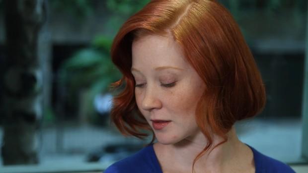 Aprenda a fazer o penteado 'falso curto' (Foto: EGO)