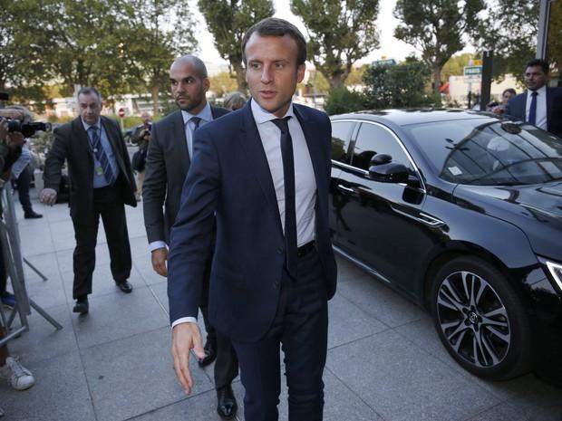Emmanuel Macron, ministro da Economia da França, apresentou carta de demissão nesta terça-feira (30) (Foto: MATTHIEU ALEXANDRE / AFP)