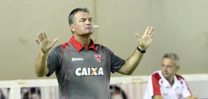 Mazola, crb (Foto: Tiago Ferreira / Macaé Esporte)