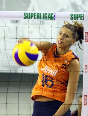 Vasileva, do time feminino de vôlei do Campinas (Foto: Felipe Christ / Amil)