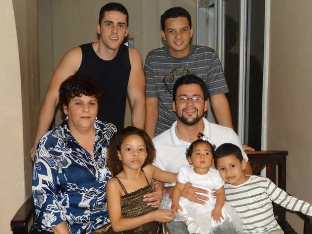 Sueli Pini, mãe, dia das mães, Amapá, Macapá, adoção, família, (Foto: Sueli Pini/Arquivo Pessoal)