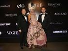 Adriane Galisteu incorpora Maria Antonieta em baile de carnaval