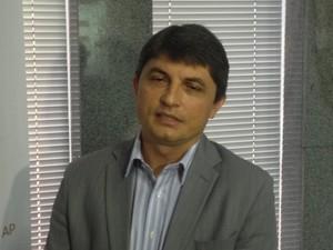 Diretor do IPDC Eliezir Viterbino diz que resultados de anos anteriores não foram bons ao comércio (Foto: Abinoan Santiago/G1)