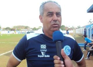 Jorge Saran, técnico do Goianésia (Foto: Divulgação)
